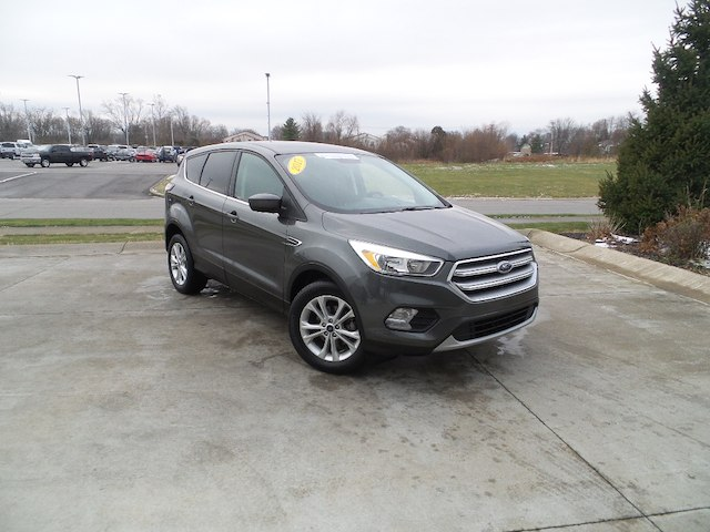 Certified Pre Owned 2017 Ford Escape Se