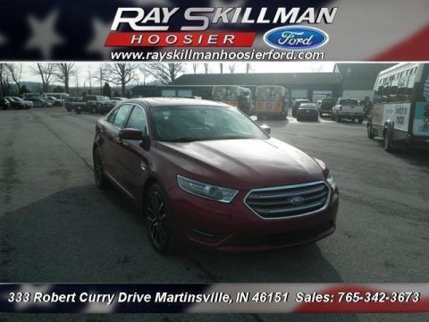 New 2018 Ford Taurus SEL FWD Sedan