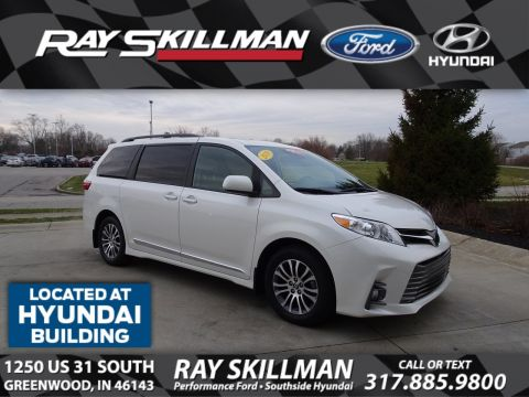 Pre-Owned 2019 Toyota Sienna XLE 8 Passenger