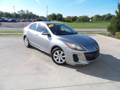 Pre-Owned 2012 Mazda3 UNKNOWN